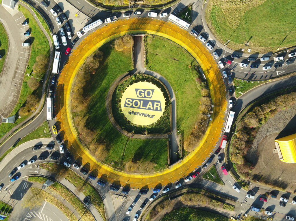 Coles signs PPA with solar farms, will Woolworths be next?